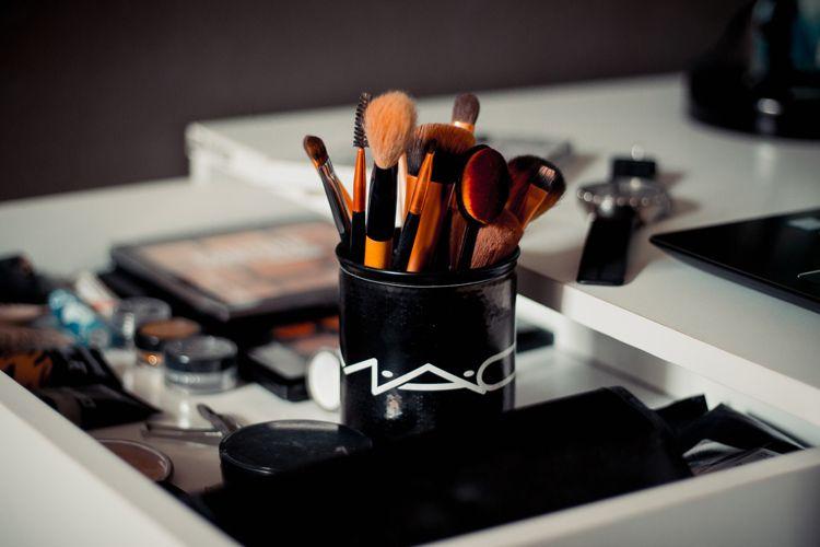 Zo maak je je make-up kwasten op de juiste manier schoon!